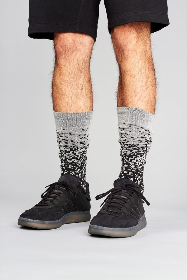 Merino Socks Pixel (Knee High) 04 FL Pixel Shoes Down