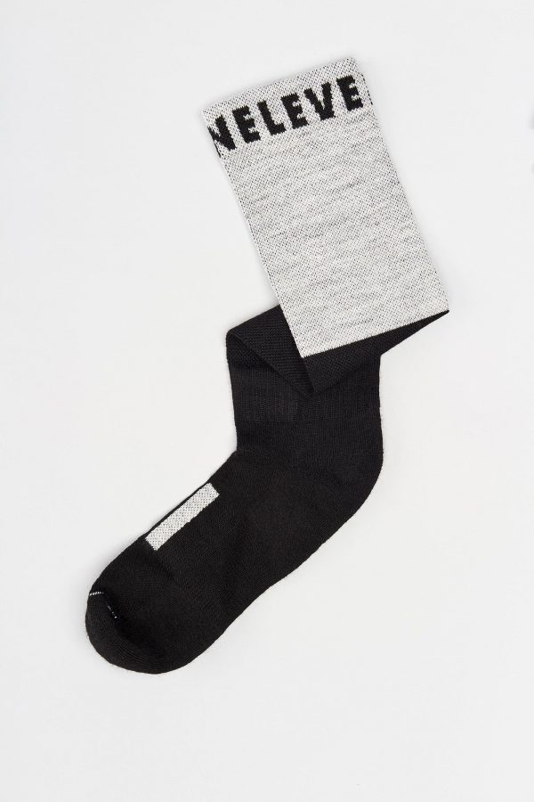 Two-Tone Merino Soccer Socks Mid-Length 06 ML TwoTone Folded